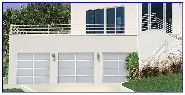 traditional garage doors in Pittsburg ca